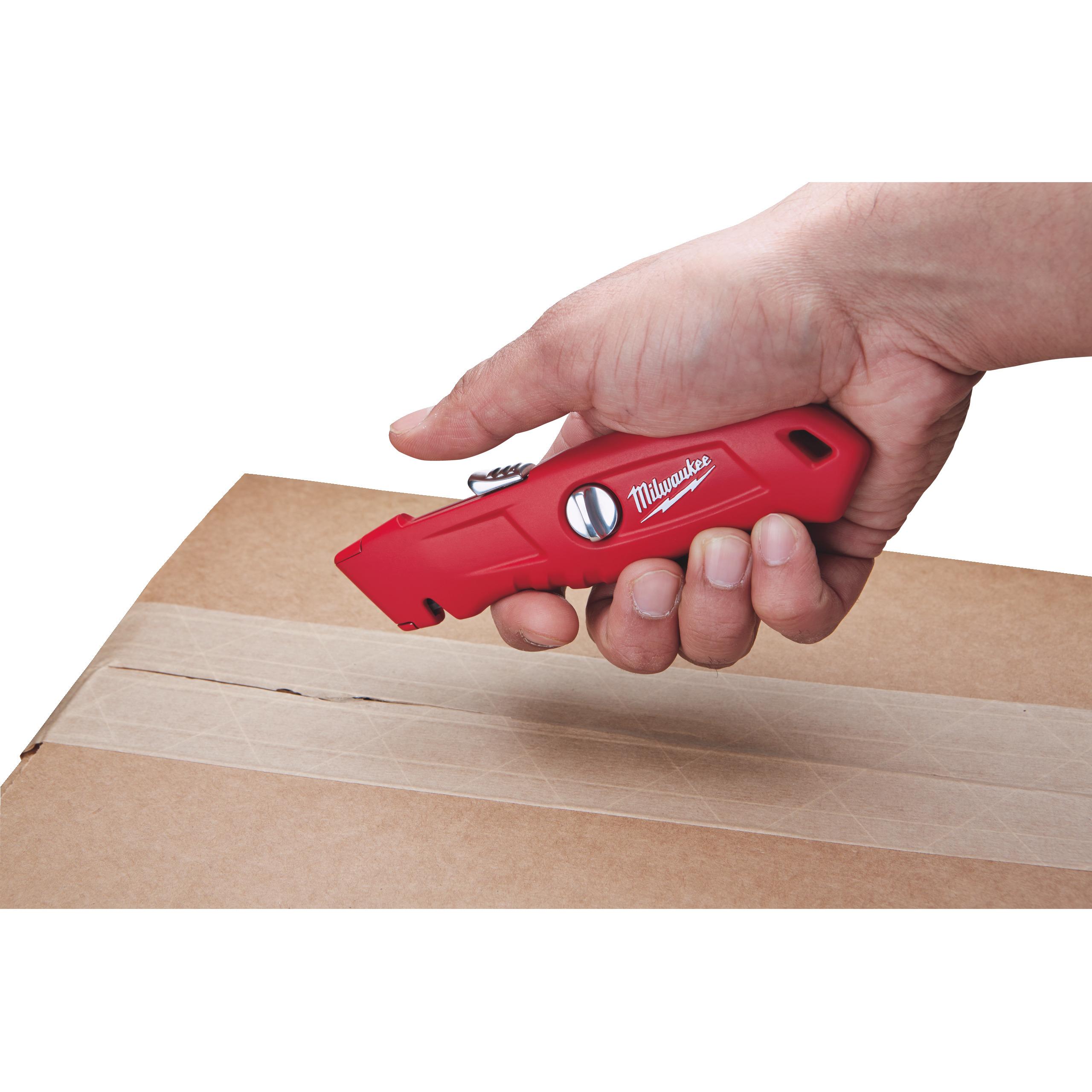 Samozatahovací bezpečnostní nůž