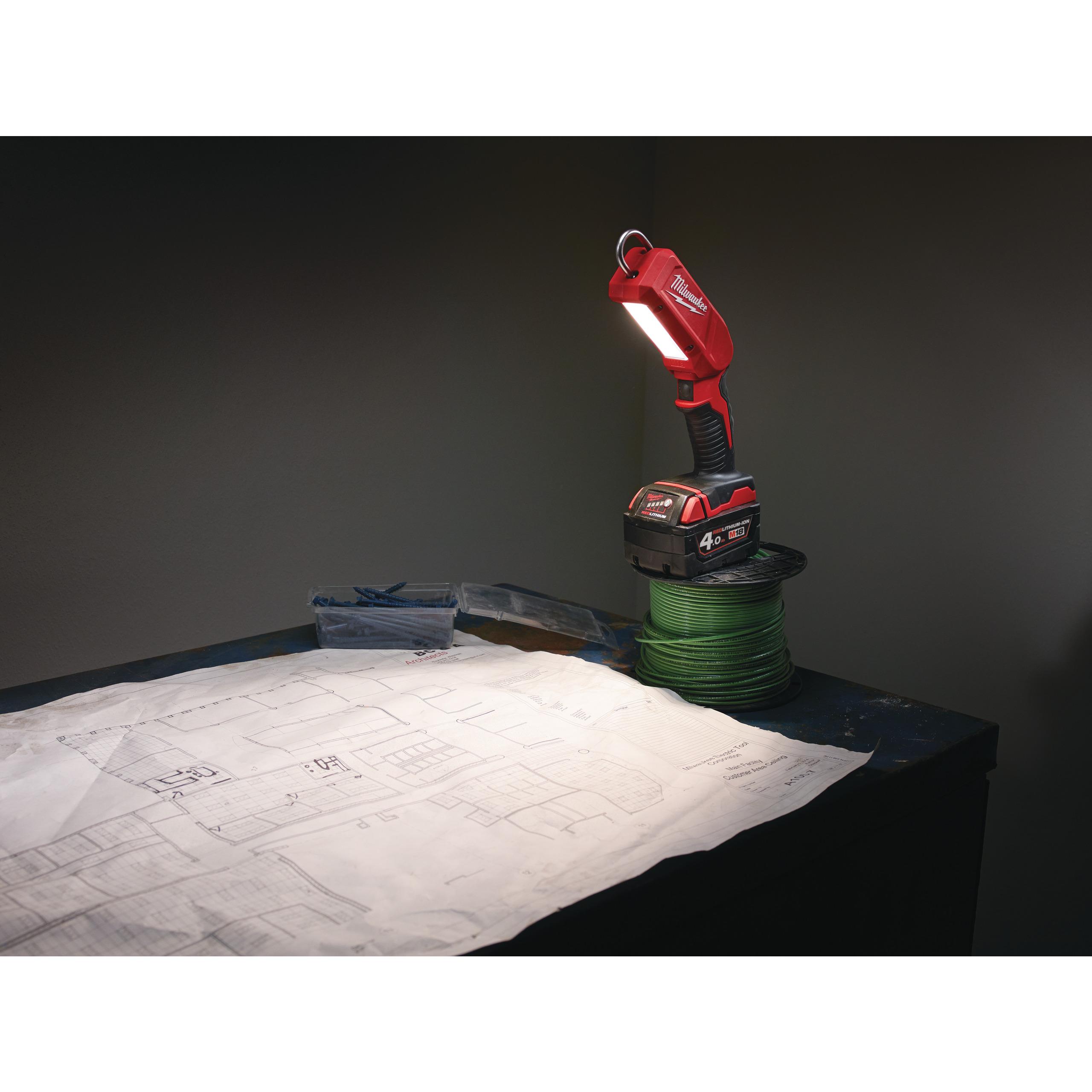 M18™ LED kontrolní světlo